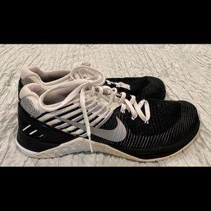 Nike Metcon Flyknit 3 Size 9